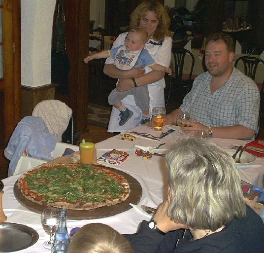 http://fordpflanzen.de/bilder/jflangley/Blackwood/Pizza.jpg