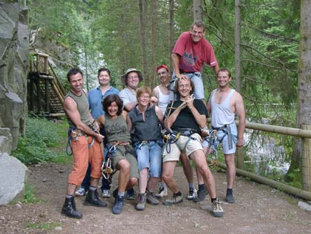 http://fordpflanzen.de/bilder/zottel/2003_FermeFranconi/06170449.jpg