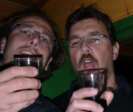 http://fordpflanzen.de/bilder/zottel/2004_Nachtreffen_live/09250020.jpg